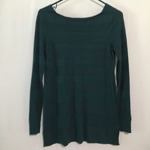 White House Black Market Green Pullover Shirt